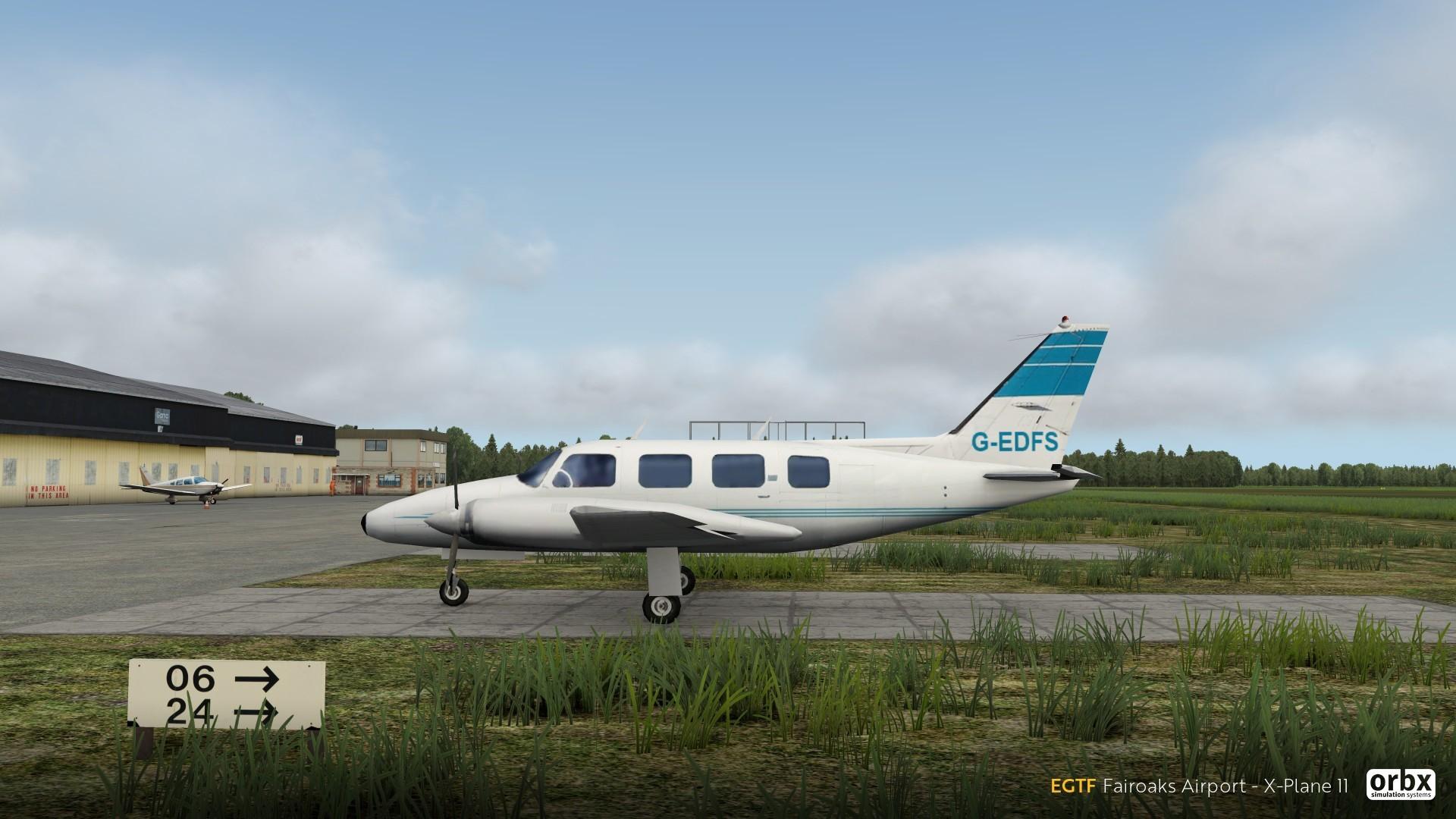EGTF Fairoaks Airport - X-Plane 11