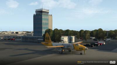 KFAT Fresno Yosemite International Airport - X-Plane 11 screenshot