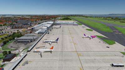 EGGP Liverpool John Lennon Airport screenshot